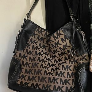 Michael Kors Black and gray bucket bag